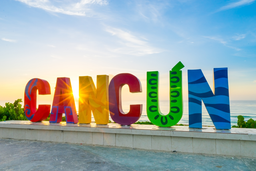 Gay-travelers-guide-Cancun