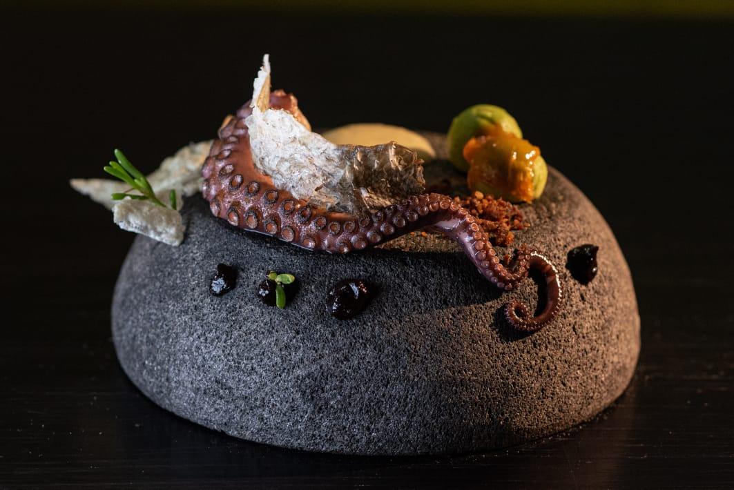 Restaurante-mila-holbox-gay-travelers-guide-4